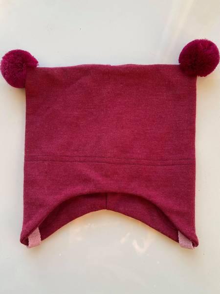 Kivat, rosa knytelue i ull/silke med dusker