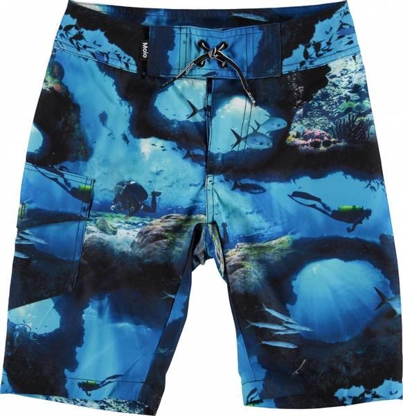 Molo, Nalvaro cave camo shorts