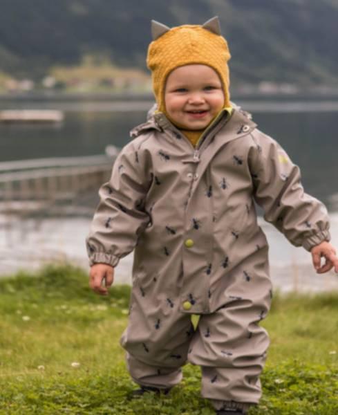 Her finner du babyklær, barneklær og ungdomsklær samt barneklær på nett.