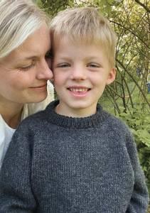 Bilde av Hansholm Sweater Junior PetiteKnit oppskrift*