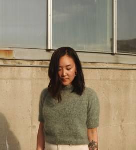 Bilde av Shine Short Sleeve Sweater Novemberknits strikkeoppskrift