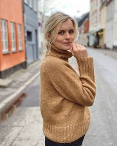 Bilde av Caramel Sweater PetiteKnit garnpakke