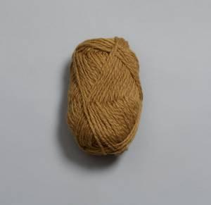 Bilde av Vams 104 Kamelbrun Rauma garn