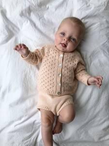 Bilde av Ellen lekesett fra PetiteKnit i Merci strikkepakke