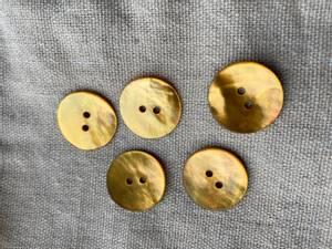 Bilde av Knapp, 20 mm rund, perlemor oker