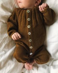 Bilde av PetiteKnit Sunday Suit garnpakke