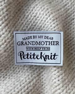 Bilde av Made By My Dear Grandmother - label PetiteKnit
