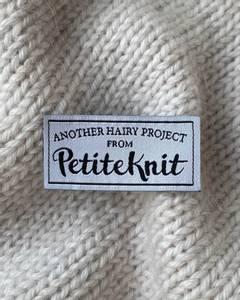 Bilde av Another Hairy Project From PetiteKnit - label PetiteKnit