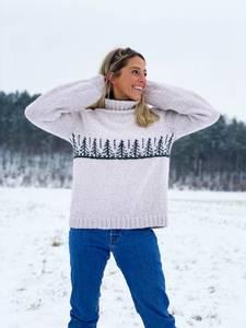 Bilde av HOY Naturlig Gran genser til dame i Alpakka Magic