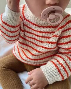 Bilde av Friday Sweater Baby i Sunday strikkepakke