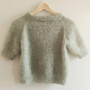Bilde av Shine Short Sleeve Sweater Novembeknits strikkepakke