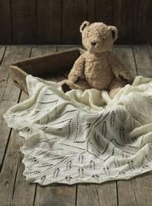 Bilde av 4502 Babyteppe i Hot Socks Pearl kasjmir oppskrift Cewec*