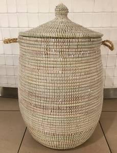 Bilde av Savannenkurv stor skittentøyskurv med lokk, perfekt til oppbevar