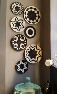 Bilde av veggfat i sisal i sort og hvit