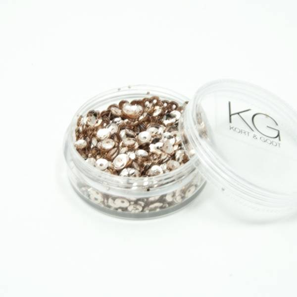 Bilde av K&G; Paljetter i boks