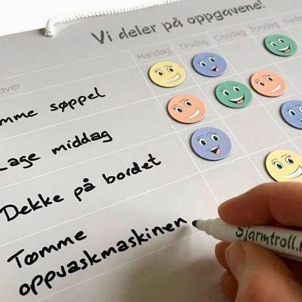 Bilde av VI DELER PÅ OPPGAVENE - Oppgavekalender