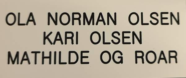 Std postkasseskilt Sandberg GT (Gml mod.), hvit plate med svart