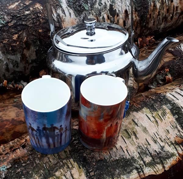 Bilde av Kjele med to kunstneriske kopper