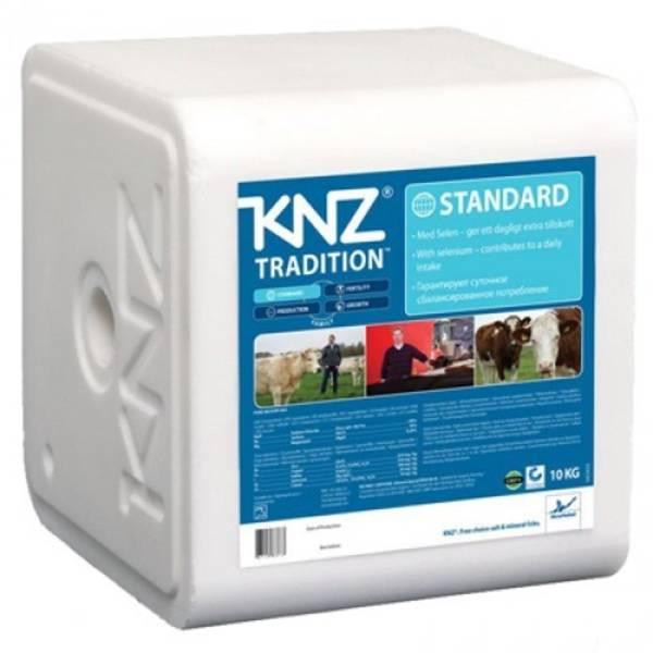 Bilde av KNZ 10kg Standard Slikkestein. Storfe Kyr Hester