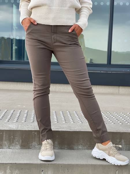 SOLVEJ ANKLE PANT - TAUPE