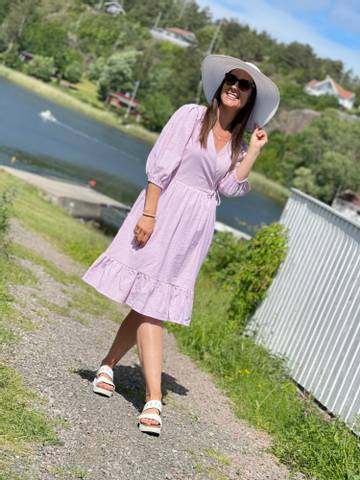 Bilde av MAGNOLIA DRESS STRIPE - BEGONIA PINK