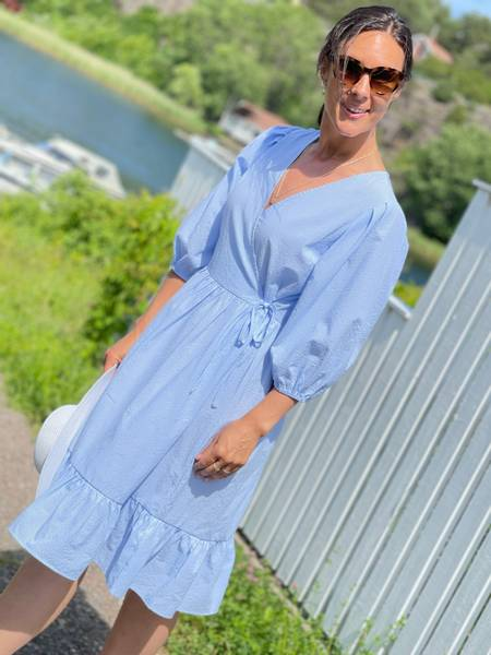 MAGNOLIA DRESS STRIPE - LIGHT BLUE