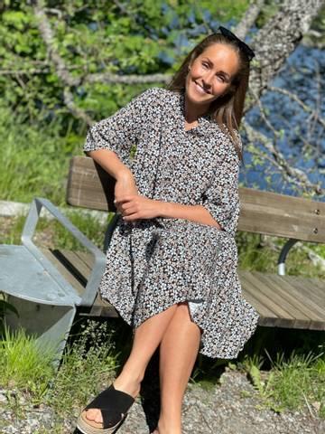 Bilde av TULLA  DRESS - BLACK