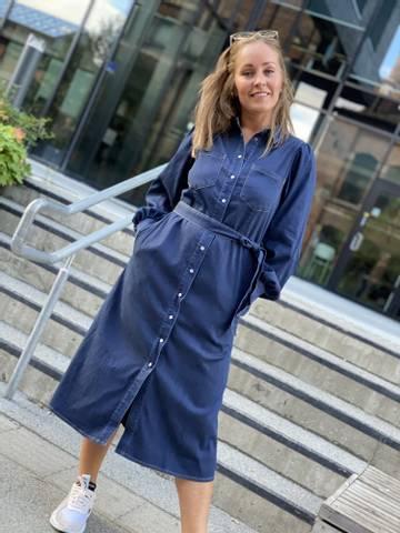 Bilde av MALOU DENIM DRESS - DARK BLUE