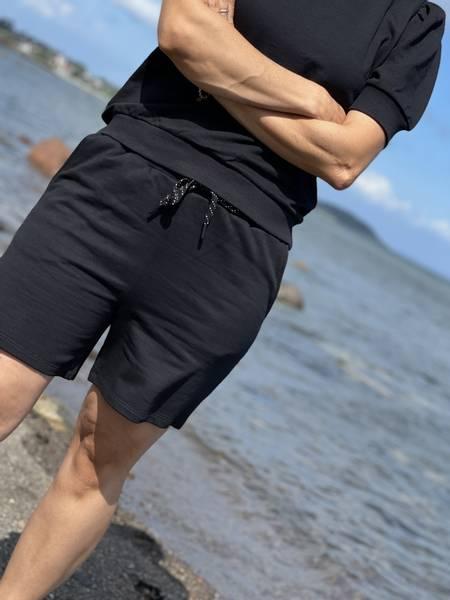 CHILLAX SHORTS - BLACK