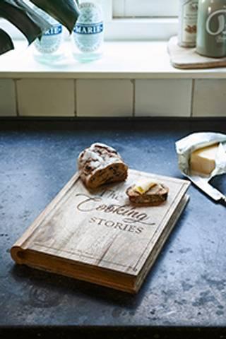 Bilde av RIVIERA MAISON - COOKING STORIES CHOPPING BOARD