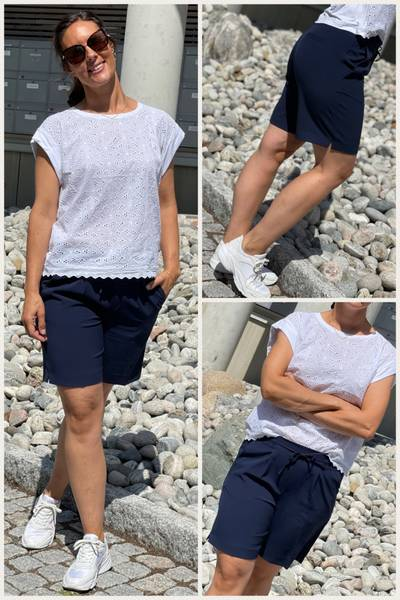 LIZY SHORTS IN NAVY