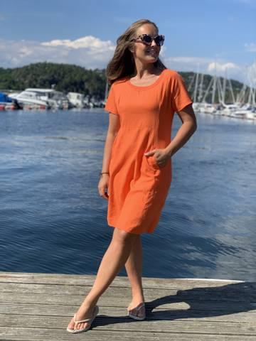 Bilde av SARA SOLID LINEN DRESS - ORANGE