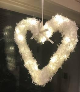 Bilde av Hjerte, hvitt med ledlys, fra