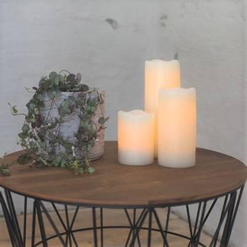 Bilde av Flammeløse kubbelys/stearinlys