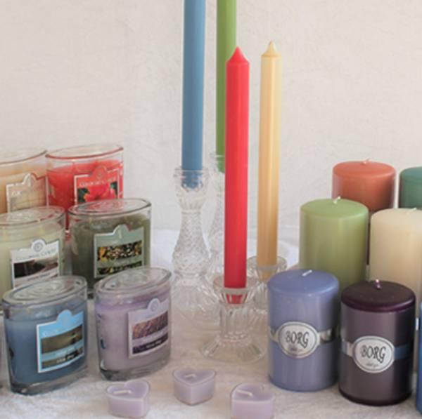 Budskapslys-duftlys-kubbelys-stakelys-duftpinner-duftlamper-lyslenker-flammeløse-telys