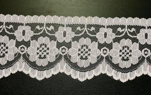 Bilde av Blonde med blomster 70 mm hvit