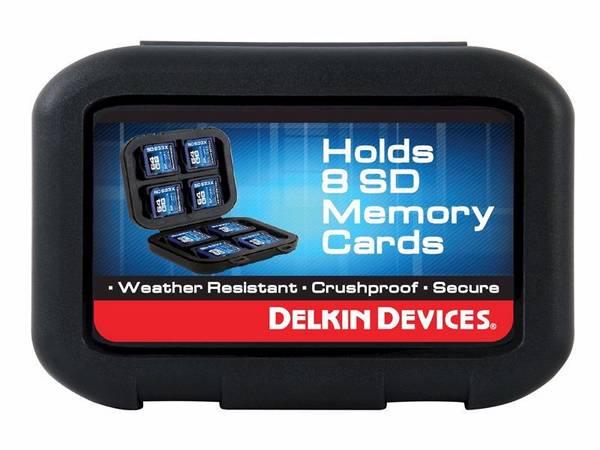Bilde av DELKIN Weather Resistant Case for 8 SD cards