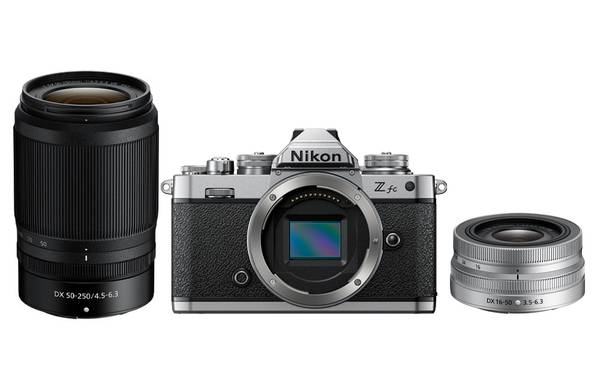 Bilde av Nikon Z fc Kit /DX 16-50mm (SL) + DX 50-250mm
