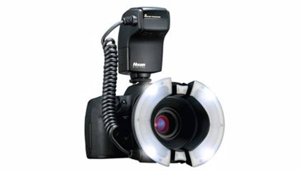 Bilde av NISSIN DIGITAL Nissin Macro Ring Flash MF18 Canon