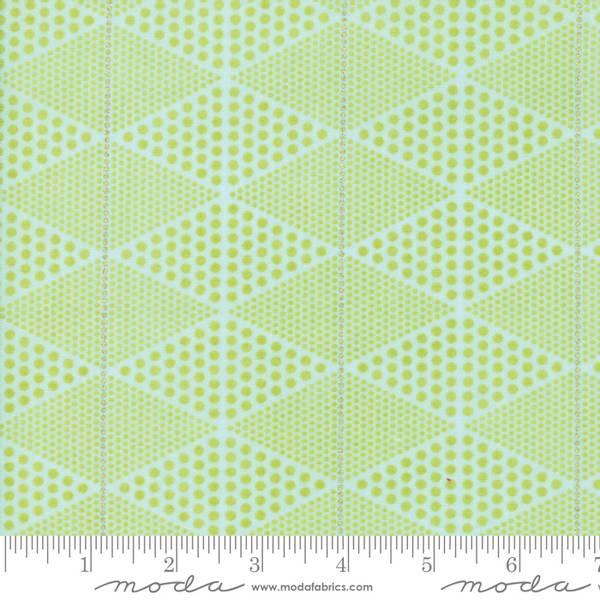 Bilde av Day in Paris - 3 cm prikke-trekant på lys grønn