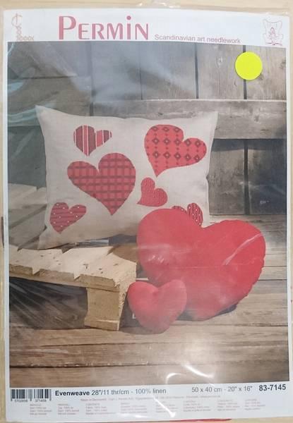 Bilde av Broderi - Pute m hjerter, 50*40 cm