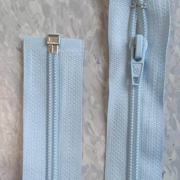 Bilde av Lysblå jakke glidelås, 6mm delbar spiral