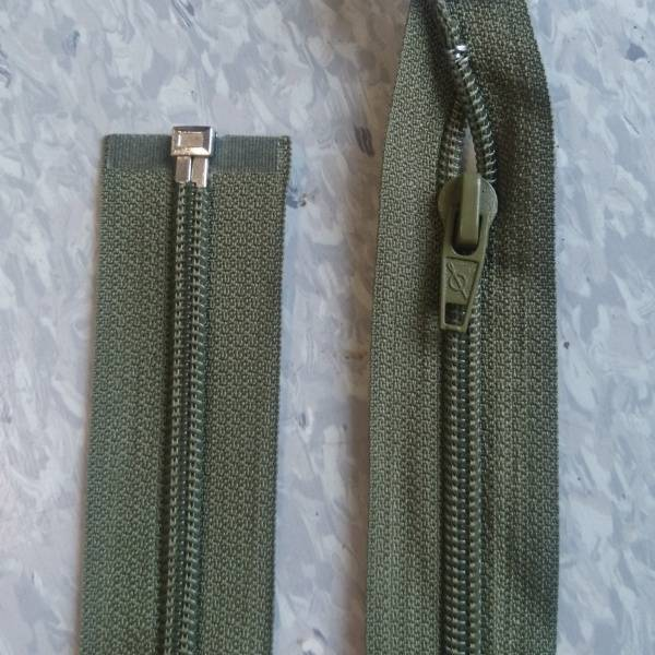 Bilde av Armygrønn jakke glidelås, 6mm delbar spiral
