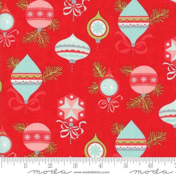 Bilde av 50 cm Vintage Holiday - 4-6 cm vintage julekuler på rød