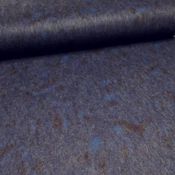 Bilde av Tovet strikket ull - blå-marine mønstret