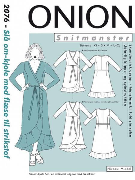 Bilde av Onion 2076 - Slå-om kjole med flæser til stretchstoff