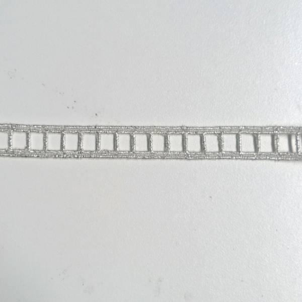 Bilde av 1,9 m Stigebånd, 10 mm, hvit-metallic