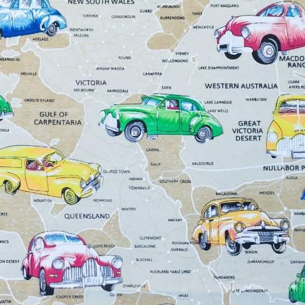 Bilde av Kanvas - Roadtrip - 10 cm biler på landkart