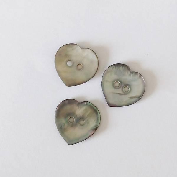 Bilde av Knapp, perlmutt-hjerte, 20 mm - natur