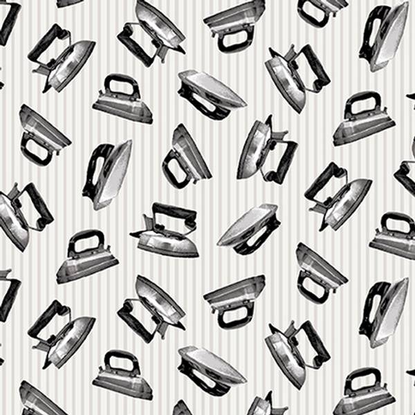 Bilde av 45 cm Loads of fun - 25 mm strykejern på lysgrå svak stripete